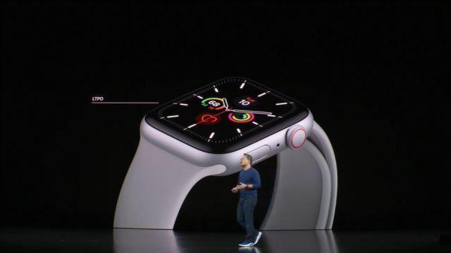 اپل واچ ۵ با نمایشگر همیشه روشن از راه رسید!